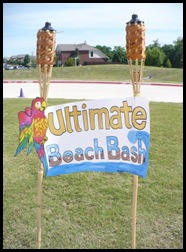 5-30-09 Beach bash sign (r)